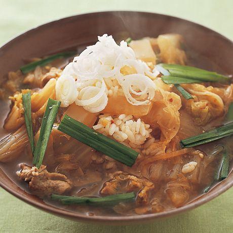 白菜と豚キムチのクッパ   外処佳絵さんのおかゆ・ぞうすいの料理レシピ   プロの簡単料理レシピはレタスクラブネット