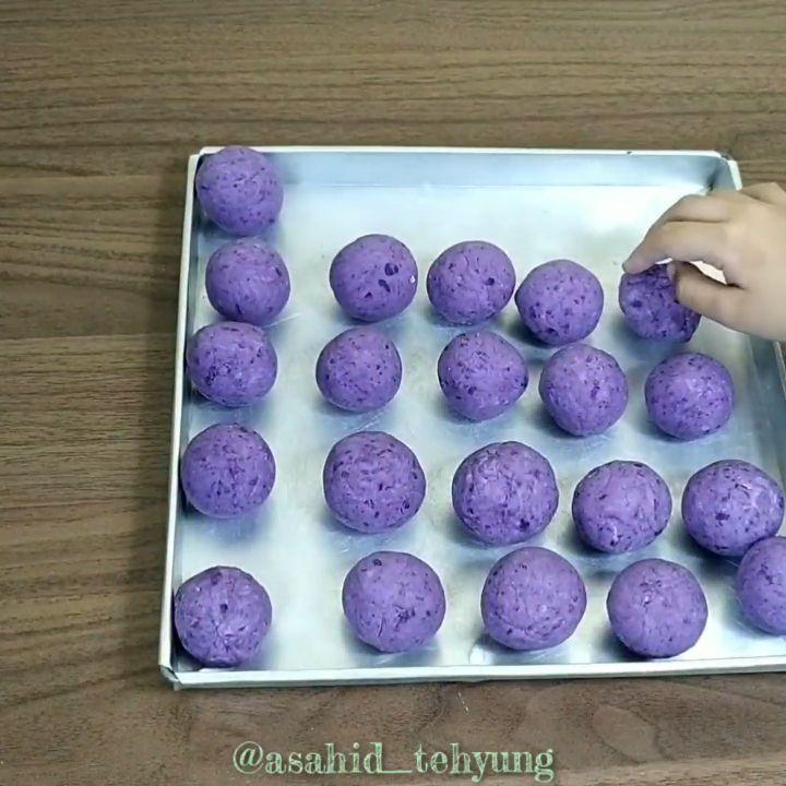 Asahid Tehyung Di Instagram Resep Bola Ubi Lumer Hai Teman Teman Semuanya Hari Ini Teteh Akan Share Menu Sehat Simple Dan Enak Banget Resep Ubi Makanan