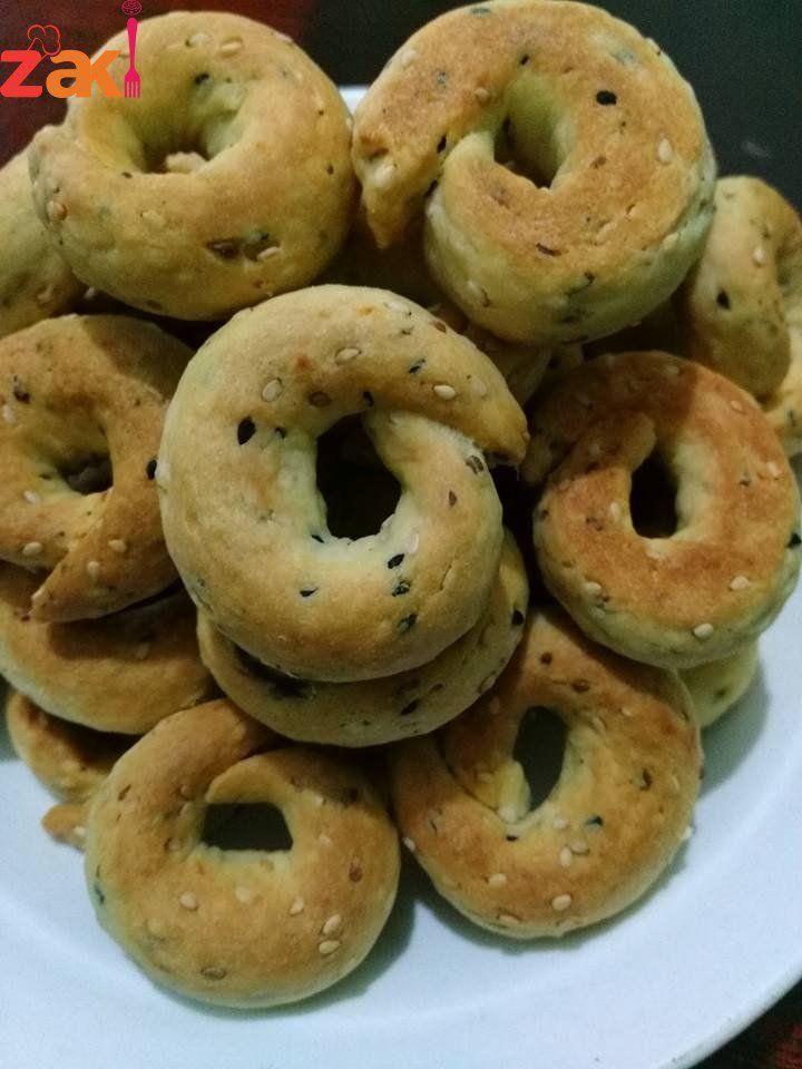 طريقة عمل كعك اليانسون زاكي Arabic Sweets Recipes Arabic Sweets Lebanese Desserts