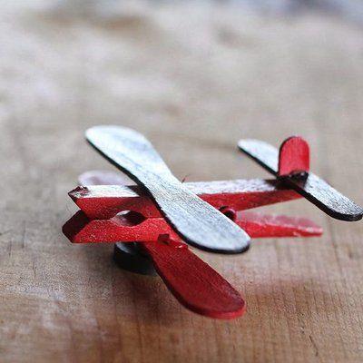 Fabriquer un avion avec 3 fois rien