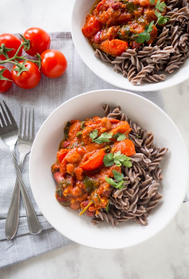 vegan tomato bean pasta - feel good kitchen