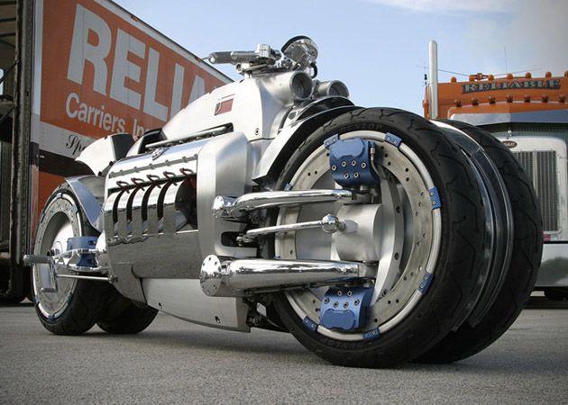 DODGE TOMAHAWK http://hiconsumption.com/2013/07/dodge-tomahawk-worlds-fastest-motorcycle/