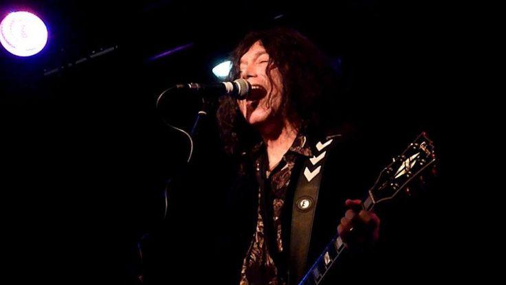 Alan Merrill performing in London England at the Lexington, Nov. 2013. Photo by Michi Nakao.