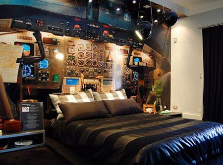 Chambre à coucher : le lit cockpit
