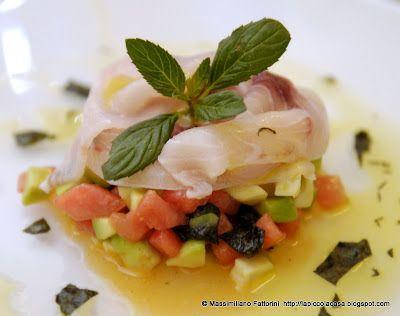 La Piccola Casa: La frutta e il pesce: carpaccio di pesce spada con Avocado, anguria e alga nori