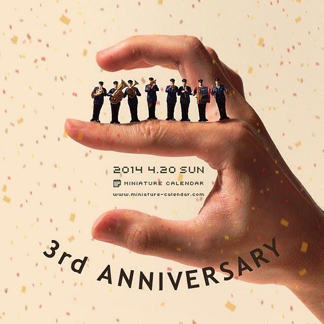 """. 4.20 sun """"3rd Anniversary"""" . 2011年4月20日より始めたミニチュアカレンダーは本日で3周年です。 4年目もよろしくお願いいたします! ."""