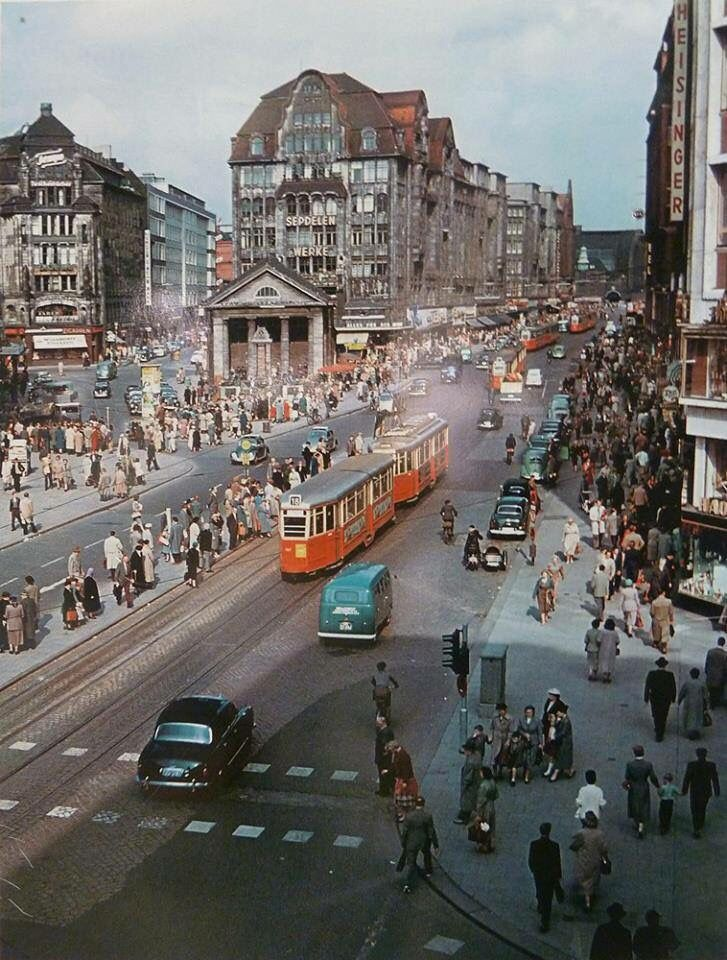 Hamburg City with streetcars ... swinging 60ties
