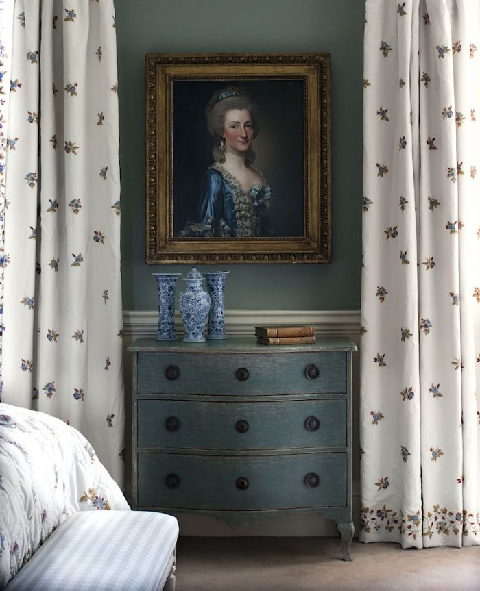 Chelsea Textiles 9 Favorite Home Furnishings Sources I Can't Live Without - laurel home