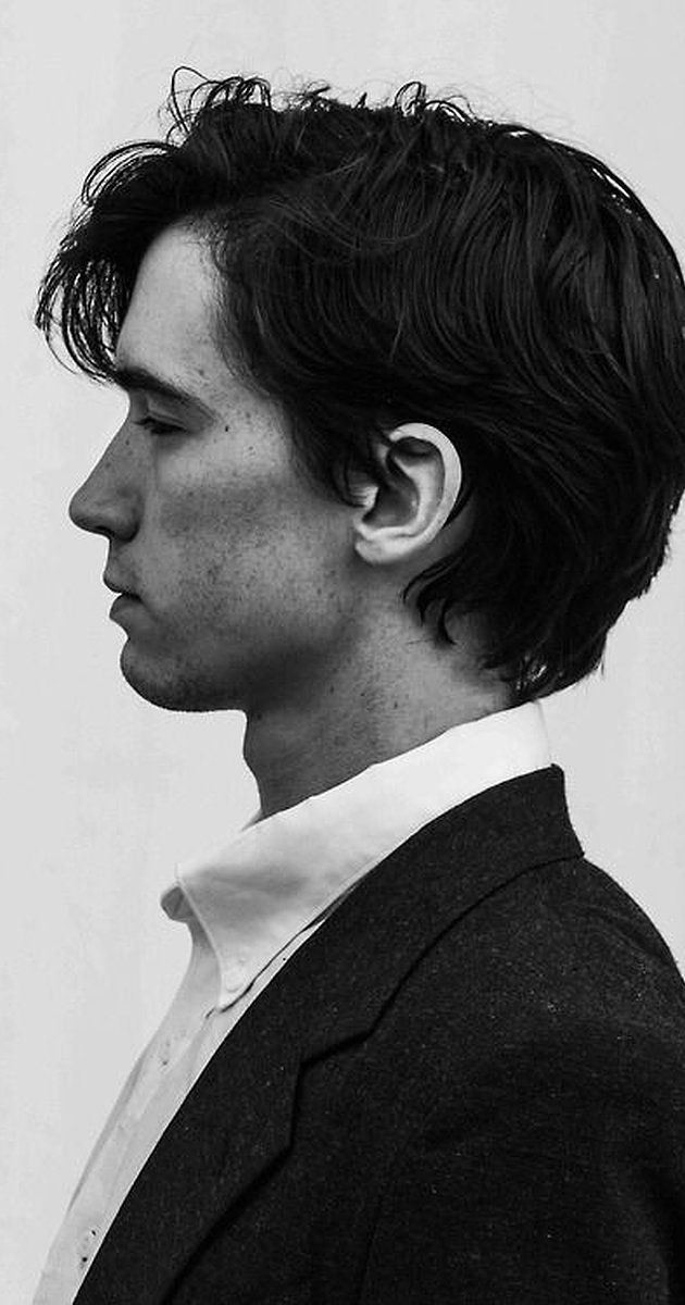 """Liam Aiken, Actor: A Series of Unfortunate Events. Liam Pádraic Aiken was born January 7, 1990, in New York City, to Moya and Bill Aiken, an MTV producer. His mother was born in Ireland, while his father was an American of Irish descent. It was apparent from the beginning that Liam was a natural actor. After securing a small part on Broadway in the award-winning production of Henrik Ibsen's """"A Doll's House,"""" Liam's big break came in 1997, when he..."""