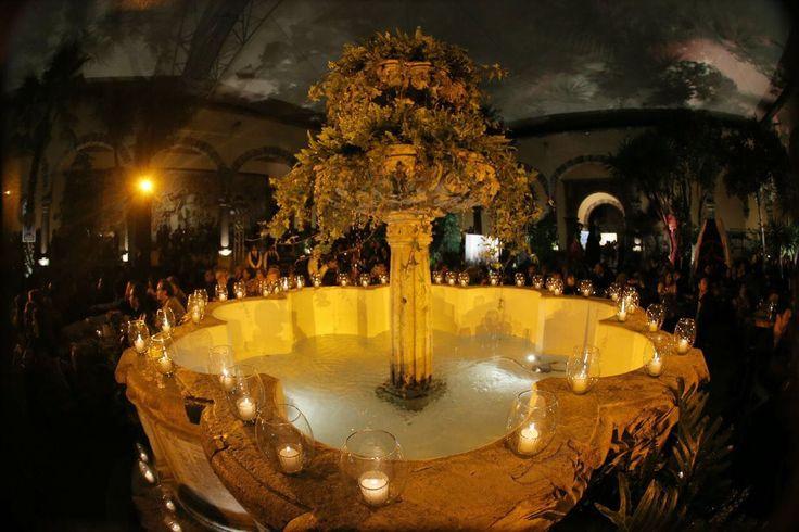 Eventos empresariales Fuente decoración flores
