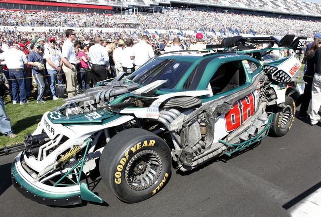 'Transformers 3′ NASCAR Wrecker Roadbuster, the No 88 Dale Earnhardt Jr. Chevy at the Daytona 500
