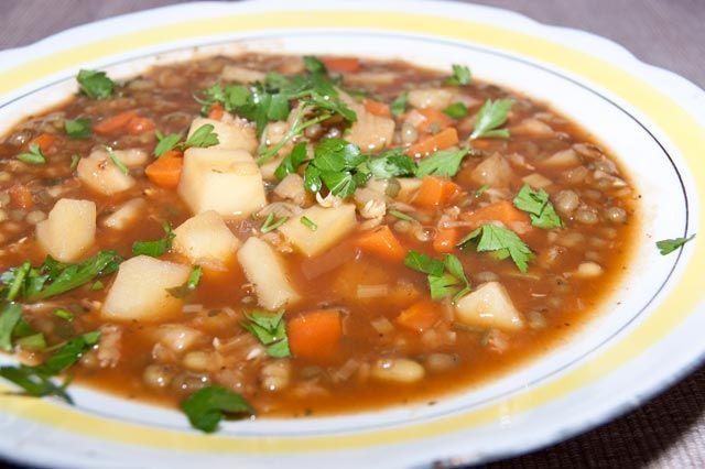 Prosta zupa z fasoli mung