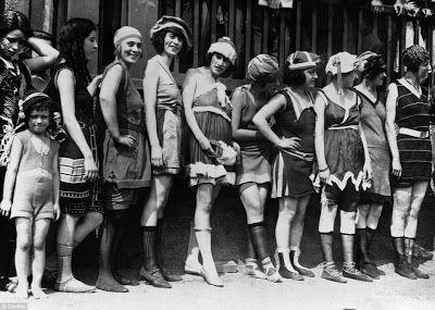 A Jurubeba Cultural:                         ● Imagens...Vintage. (concurso de beleza 'moda praia'. Anos 1920, EUA).