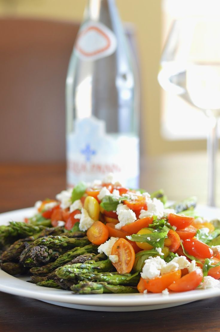Grilled Asparagus with Tomato Salad and Goat Cheese   Virtually Homemade #asparagus #salad #goatcheese