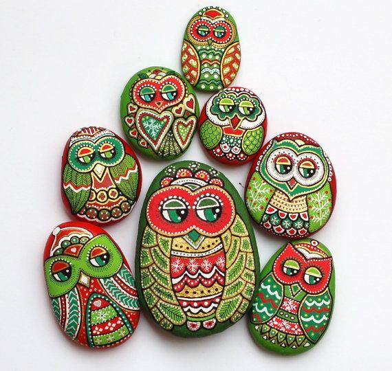 Owl Búho/pintado a mano piedra pintada a por ISassiDellAdriatico