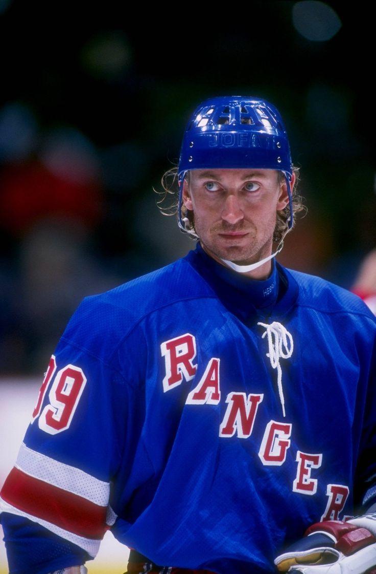 Wayne Gretzky http://www.steinersports.com