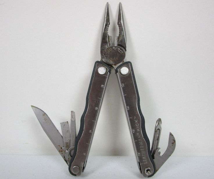 how to close leatherman pocket knife
