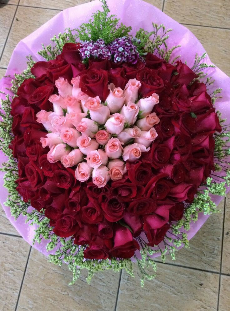 24 best Roses - Hand Bouquets images on Pinterest | Bouquets, Hand ...