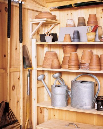Smart Idea: Time to clean up summer pots and garden tools for winter storage. Blast with hose outdoors, allow to dry, stack and store.Organic Tips, Gardens Ideas, Sheds Organic, Solutions Gallery, Gardens Tools, Preparing Compost, Pots Sheds, Gardens Sheds, Maintain Order