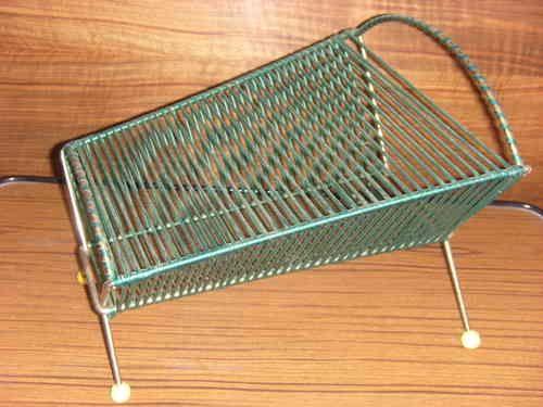 Range disques 45 t scoubidou scoubidou pinterest 45 for Chaise enfant scoubidou