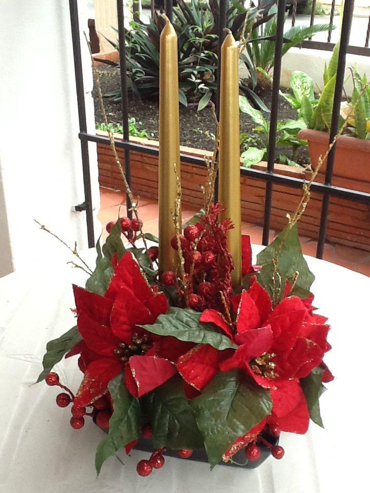12 best Arreglos florales de Navidad images on Pinterest Christmas