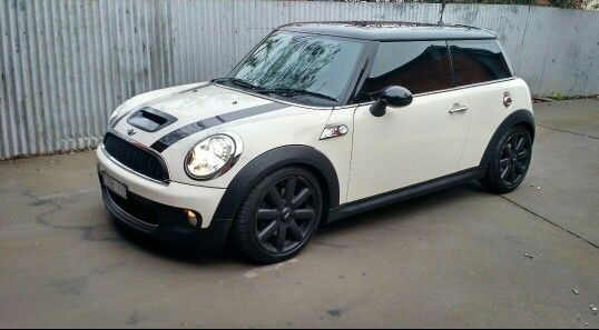 Cool Mini cooper 2017: 2007 pepper white Mini Cooper S - chilli pack.....love this car!!... Check more at http://24cars.top/2017/mini-cooper-2017-2007-pepper-white-mini-cooper-s-chilli-pack-love-this-car/
