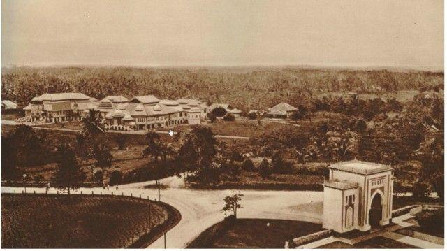Palace of the Sultan of Deli in Medan, Circa 1910 (collectie tropenmuseum potret)