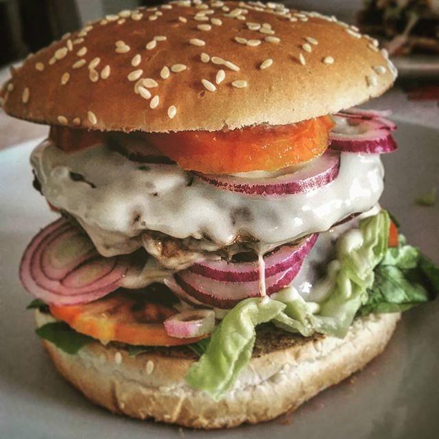 Popolare Oltre 25 fantastiche idee su Hamburger fatti in casa su Pinterest  IG61