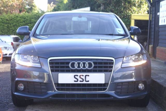 Used Audi A4 1.8T FSI 160 SE 4dr Saloon Petrol Metallic Grey for sale  To find out more click here: http://www.simonshieldcars.co.uk/used/audi/a4/18t-fsi-160-se-4dr/ipswich/suffolk/15702406  #audi #a4 #satnav #grey