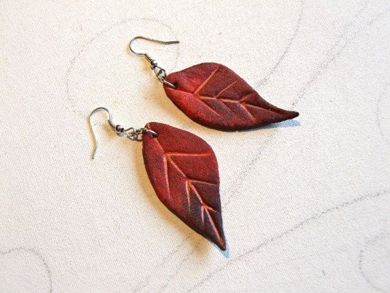 Autumn Leaf Dangle Earrings Fall Fashion woodland jewelry by Sognoametista
