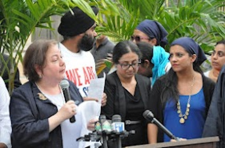 NYC Sikh Vigil: New Yorkers Gather To Mourn Victims Of Wisconsin Gurdwara Shooting (PHOTOS)