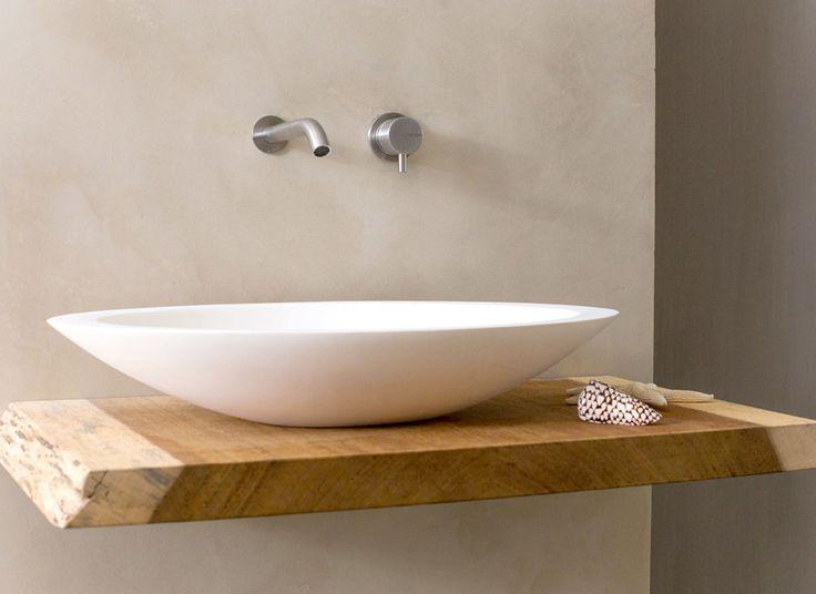 Ovale waskom van solid surface materiaal (Corian/ Hi-macs) De COCOON wastafels en baden worden allen handgemaakt in Nederland Pop-up drain en sifon dienen nog los aangeschaft te worden