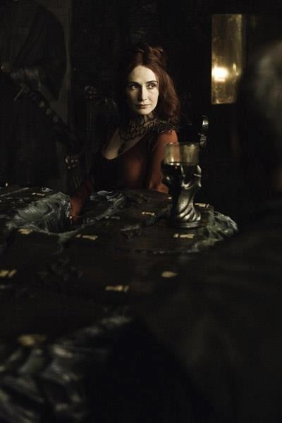 Ebony table: Photos Galleries, Melisandr Carice, Red, Gameofthron Photos, Seasons, Games Of Thrones, Carice Vans Houten, Game Of Thrones, Fire