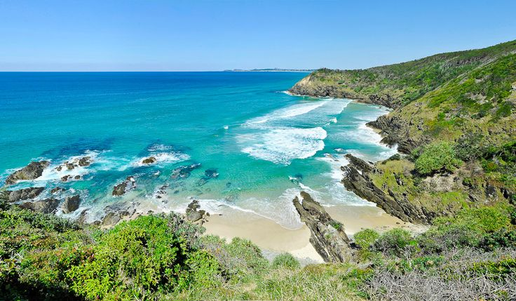 Whites Beach, Byron Bay, NSW - Image by Peter Scholer