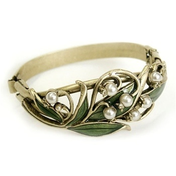 Lily of the Valley Bracelet beesheehan