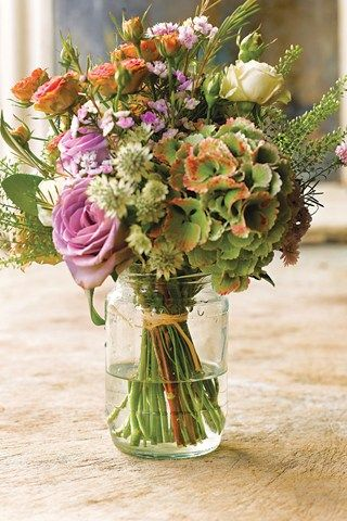 Big bunches of flowers are perfect for a classic country look.
