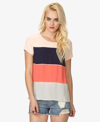 Colorblocked Georgette Top de Forever 21: una camisa fresca para el clima en Panama. $17.80