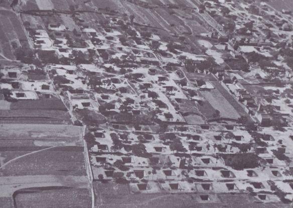 BERNARD RUDOWSKY - UNDERGROUND CITY