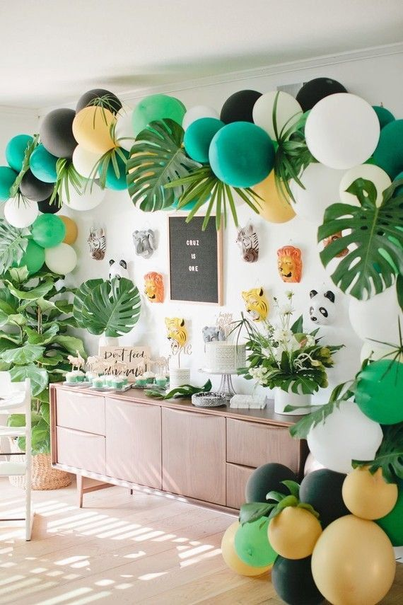 Large Monstera Leaf Decor Set 6 Large Palm Leaf Balloon Etsy Jungle Theme Birthday Birthday Party Decorations Dinosaur Birthday Party