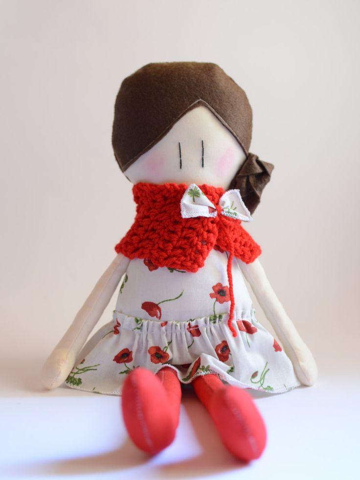 Le Amicoccole: bambole in tessuto fatte a mano con amore, amiche portatrici di coccole. La trovi sul mio negozio Etsy.