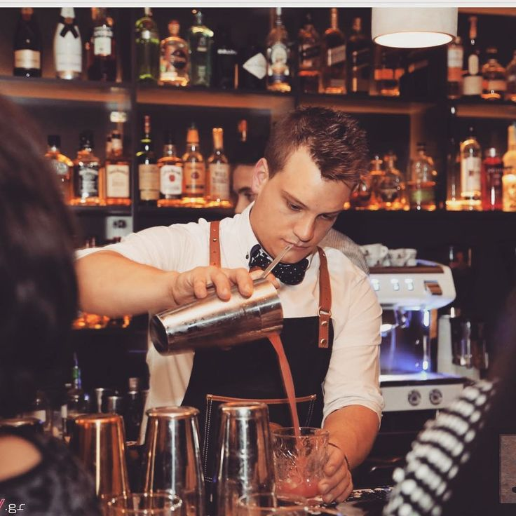 Cocktails time!  ____________________________ #cocktailstk #cocktails #joet #rum #vodka #instaphoto #zombie #alcohol #drinks #flavor #fruit #pineapple #mixology #menstyle #vintage #cocktailsnight #cocktailsbar #classiccocktails #bestcocktails #cocktailparty #cocktailhour #bartenderlife #ilovecocktails #bar #mixologyart #barkeeper #bartending #tasty #bartender #greece