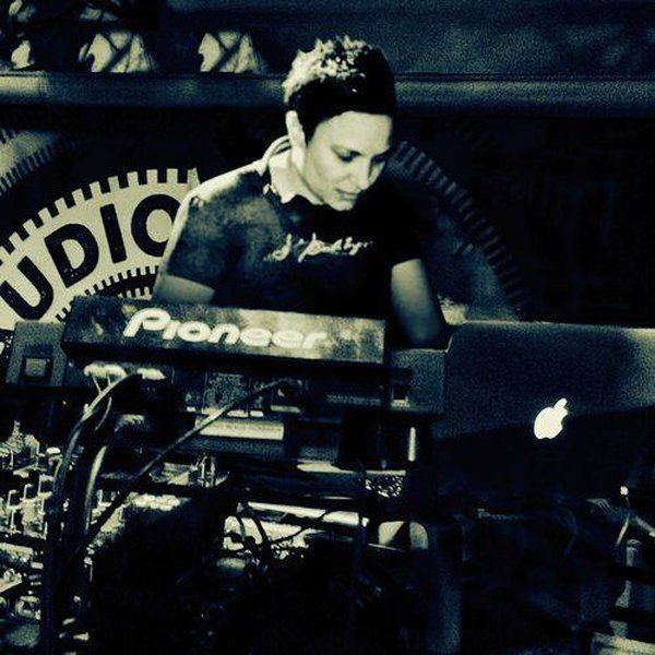 "Check out ""Laylae - Live @ FabLab, Berlin (2015-12-12)"" by Laylae on Mixcloud"