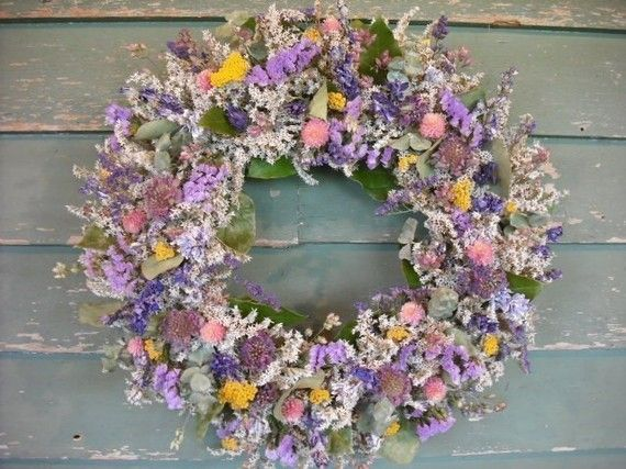 I love the dried flower wreaths this shop sells.: Floral Flowers, Dry Flowers Wreaths, Flowers Arrangements, Dried Flowers, Flower Wreaths, Dry Flowerswreath