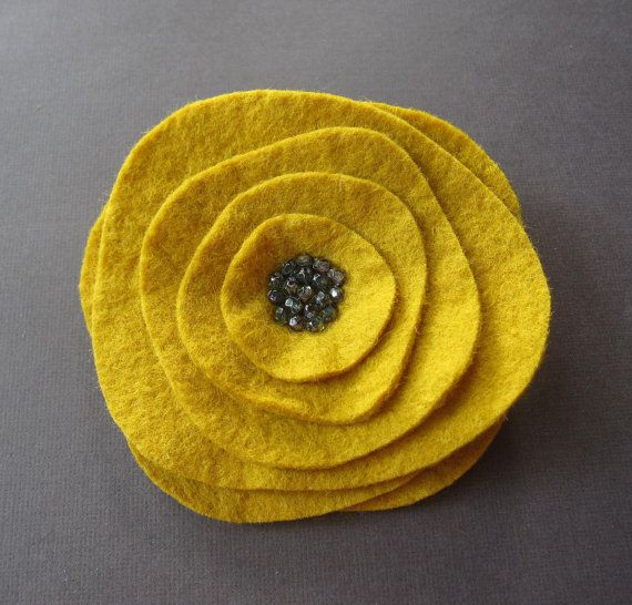 Arts and Crafts Flower in Mustard Yellow - felt brooch