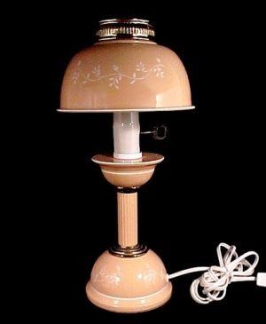 Great Mid Century Vintage Metal Toleware Desk Table Lamp Peach White
