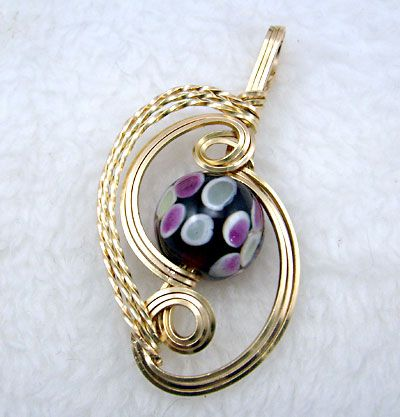 Beading Times Project - Wire wrapped pendant tutorial