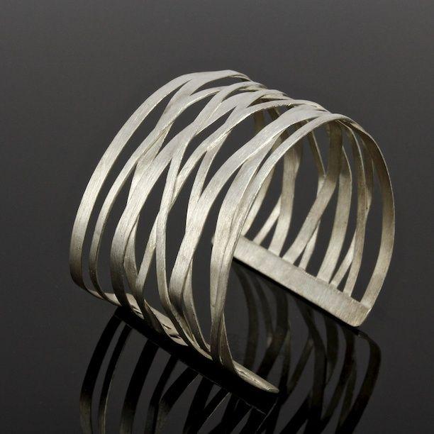 beautiful sterling silver bangle