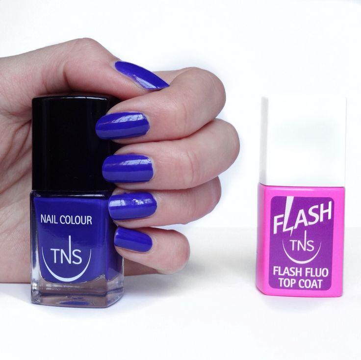 Smalto #tnscosmetics con il flash top coat Fluo #nails #nailpolish @tnscosmetics