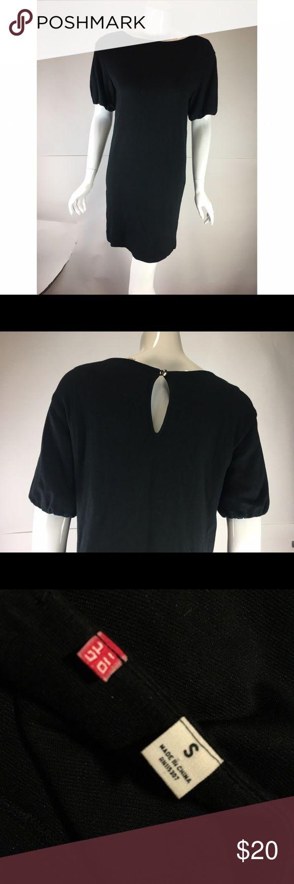 Robe noire uniqlo