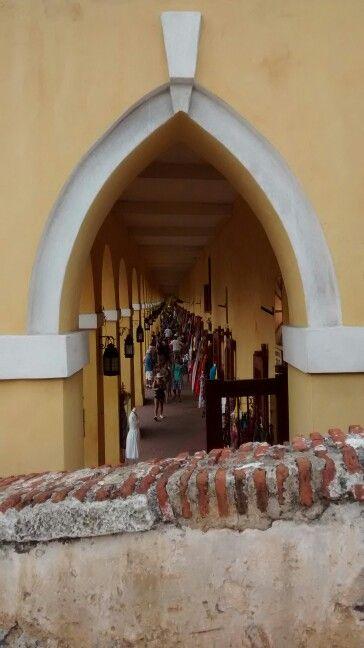 Las Bovedas cuartel tropas Españolas,,hoy centro artesanal